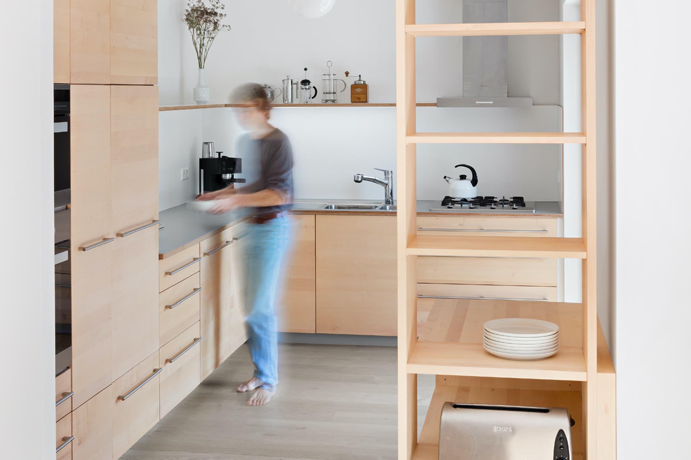 Eine Küche aus Holz